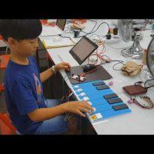| Makey Makey Kit | Scratch | Makey Makey HID Board | Playing Fruit, Jukebox, Instruments |